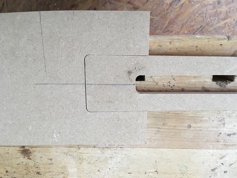 Hals-Tasche und Hals als Schablone zusammenführen und testen
