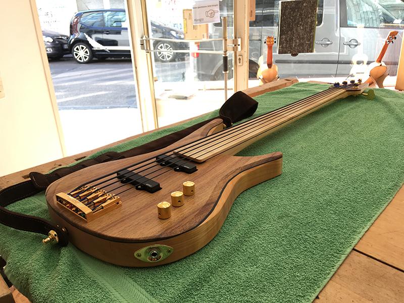 Fertiger Bass