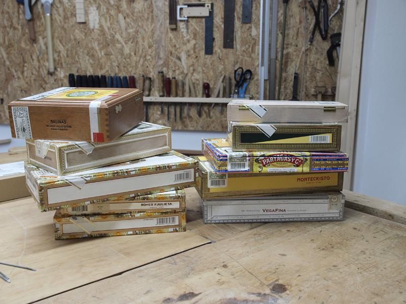 Cigarbox-Guitars, Materialsammlung