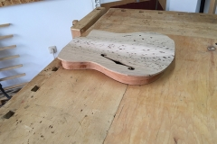 Hollow-Body-E-Gitarre, Body und Decke