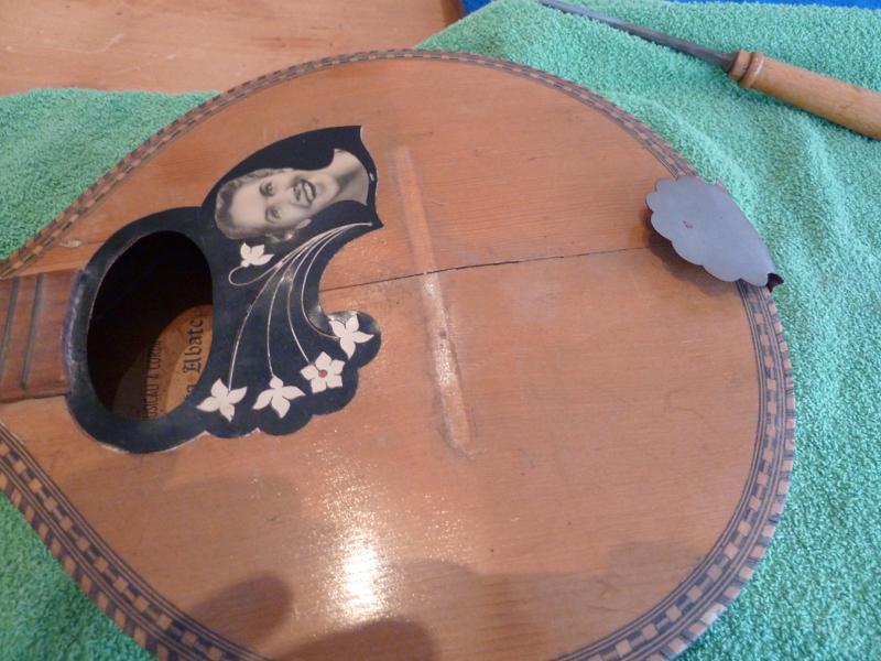 Mandoline restaurieren, Riss in Decke
