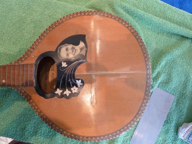 Mandoline restaurieren, Span auf Deckenniveau geglättet