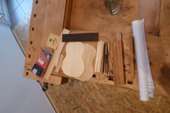 Ukulele bauen, Materialsammlung