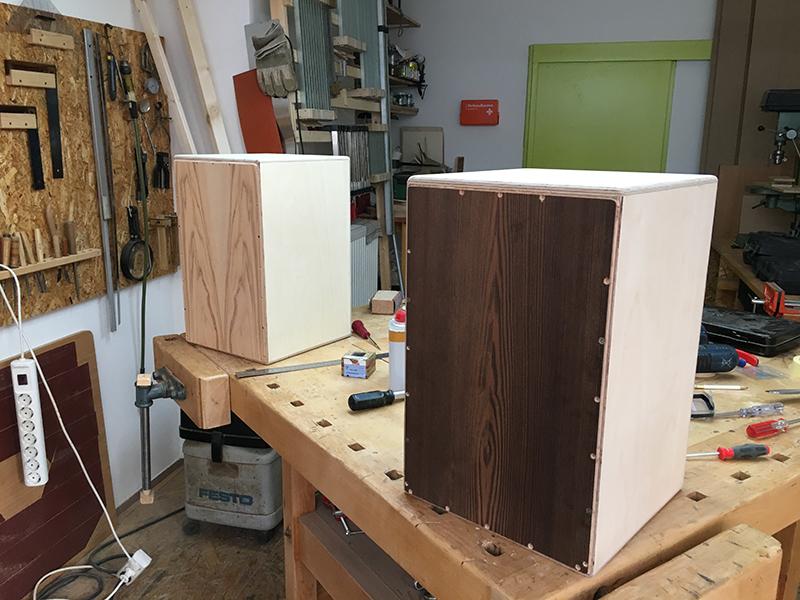 wochenende workshop cajon bauen klangacht. Black Bedroom Furniture Sets. Home Design Ideas