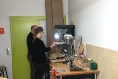 WS Cajon bauen, Schallloch mit Lochsäge vorbohren