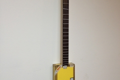 Cigarbox-Guitar, fertig 1